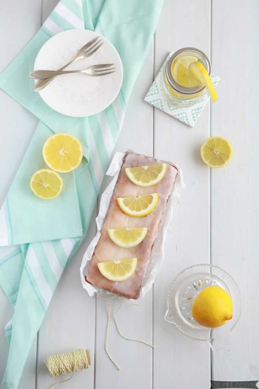 Zitronen Buttermilch Kuchen Vogelperspektive