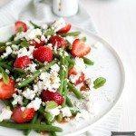 Bohnen Salat mit Erdbeeren und Feta