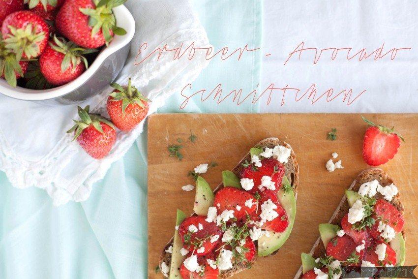 Erdbeer Avocado Schnittchen mit Erdbeeren in Krug